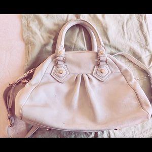Marc Jacobs White Shoulder Bag w/ strap.